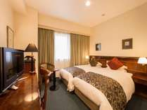 【ハリウッドツイン(3)】97cm幅のシングルベッドを2台配置。ベッドが2つくっついた通常タイプのお部屋☆