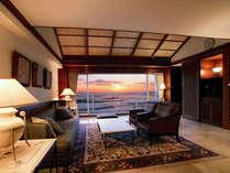 ■SUIT 851号室■picture window越しに眺める駿河湾は絶景!852号(和室)とコネクト部屋となります。