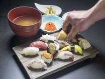 【海辺の鮨屋台・海の彩】ちょっと満腹握りコース【1泊2食付】コテージステイプラン