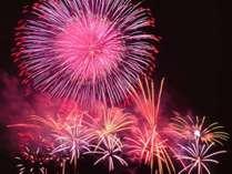 夏の諏訪湖は毎日花火!お部屋で花火観賞プラン・ワンランク上の会席料理をお部屋食で