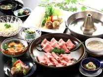 【信州ポークのしゃぶしゃぶ会席】シャキシャキ高原野菜とともに信州の幸をご堪能ください