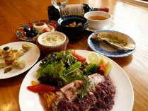 ディナー一例。洋食中心の6~7品のフルコース。