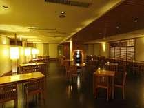 2階レストラン雰囲気