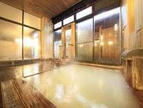 大好評のヒノキ風呂。