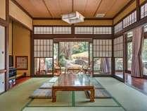 【禅の里 笑来/客室】昔ながらの和室、くつろげる縁側