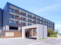 那覇空港から車で15分の好立地、瀬長島に本格温泉付リゾートホテルが誕生しました。