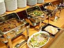 バイキング朝食無料:2F花茶屋レストランにて6:45~9:00営業
