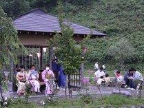 当館より徒歩5分の「宮田ほたるの里」では毎年6月上旬~7月中旬までほたる観賞が楽しめます。