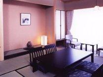 【和室】和のぬくもりに安らぎを感じる和室。ゆっくりとおくつろぎ下さい。