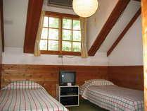山小屋風の3人部屋