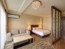 【プレミアムダブルルーム】36㎡の広々としたお部屋でごゆっくりお過ごし下さい。
