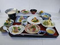 料理長自慢のお料理 11品 【 特選コース 】