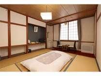 和室8畳共同風呂トイレ