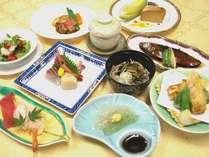 旬の食材を使用したプレミアム夕食膳【プレミアムコース】(写真はイメージ