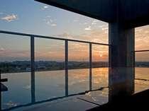 【スカイスパ:男女入替制】輝く朝陽を浴びて、爽やかな一日のスタート