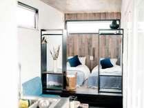 全ての客室は、広々としたウッドデッキと海が眺められるルーフトップ付き。
