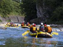 【アクティブ体験】 豊富な水量を誇る黒部川で遊ぼう!ラフティング・キャニオニングプラン♪