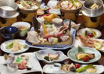 【海の幸夫婦膳】お二人で二種類の料理を楽しんでいただきます。