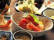 【夕食】四季折々の旬の素材を使った料理をお届けします(イメージ)