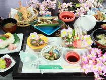 【夕食のみ】|旬の食材を厳選|口コミで好評、本格日本料理「箱田城会席」に舌鼓