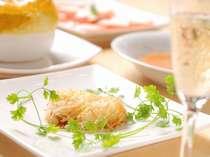 コース料理の例。新鮮な食材を生かしたコース。