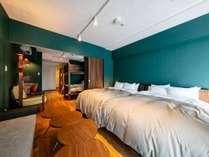 402号室  Copenhagen Midcentury Modern深緑色を基調としたスタイリッシュなお部屋です。