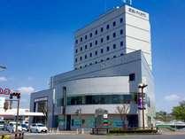 ◆外観◆        名古屋・三重県方面へも車で30分ほど☆ビジネスにも観光にも最適です♪