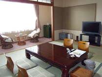 客室一例☆当館は海抜15メートルに位置しており全室海側客室♪
