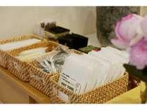 ■アメニティ■ 歯ブラシやくし、カミソリ、ボディタオルをご用意しております。