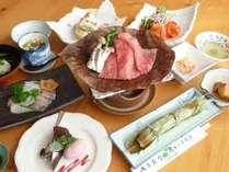 【夕食一例】地元の食材を使った手作り郷土料理