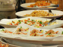 *【夕食バイキング】北海道の旬の食材を中心とした種類豊富な和洋中特製バイキング!