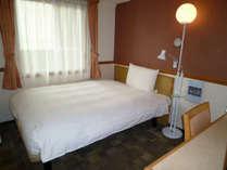140cm幅のベッドをご用意しております