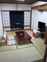 素泊まりでも、畳敷きの和室が落ち着きますね!