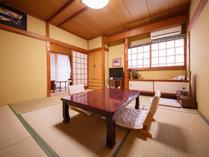 【和室8畳】トイレ付き 2階