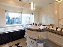 デラックスコーナーツインルーム バスルーム