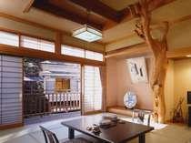 木の温もりをいかした和室が心を落ち着かせてくれる(一例)