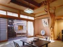 【客室一例】  *隣のお部屋と十分距離のある、離れのお部屋でプライベートな時間をお過ごしください!