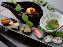 【料理一例】  *季節毎の旬の食材を使った前菜をぜひご賞味ください