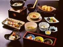 """【朝食一例】  *元湯旅館オリジナルの""""こだわりのご朝食""""をぜひご賞味ください"""