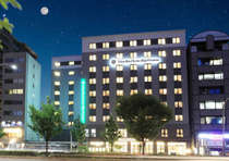 【ホテル外観】四条大宮すぐの好立地でビジネス・観光の拠点に最適です