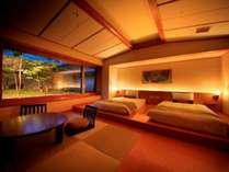 """ガーデンスイート""""NAGOMI""""。日本庭園に癒される、モダンな空間をどうぞお楽しみください。"""