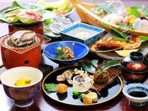★【ご夕食一例】あわび・伊勢海老…伊豆ならでは獲れたての味覚を是非♪