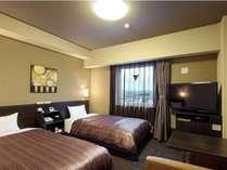 【コンフォートツインルーム】ベッド幅⇒110cm Wi-Fiスポット設置、WOWOW視聴可能