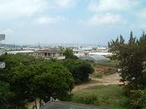 屋上より伊良部島方面の風景です