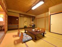 *和室12畳(客室一例)/広々としたお部屋ですので、グループやご家族でのご宿泊に◎