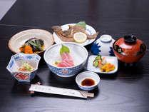 *お夕食一例(自炊プラン)/女将さん達の手作りまごころ料理に舌鼓!