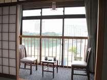 【景色】ベイエリアを望むお部屋(2階)