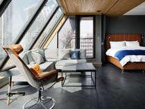 #1001 最上階ペントハウス屋根裏風のななめルーフはまるで大人の隠れ家
