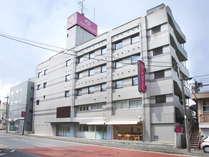 【ホテル外観】松戸駅から徒歩7分の好立地です。