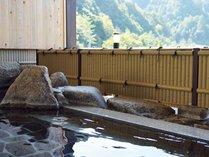 北山川を望む露天風呂